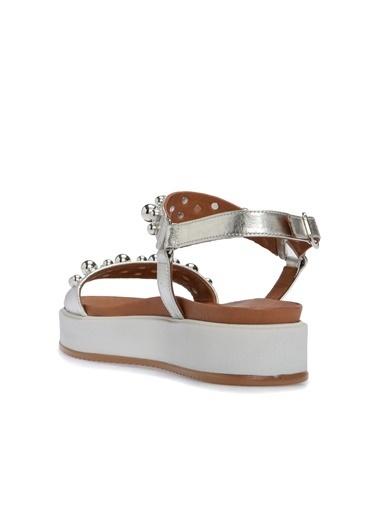 Divarese 5024113 Taşlı Kadın Sandalet Gümüş